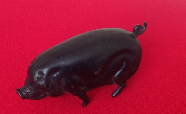 "Original Tri-ang / Triang Junior series pressed steel model Plastic "" BLACK PIG "" for the FARM LORRY [ Price Per Pig ]"
